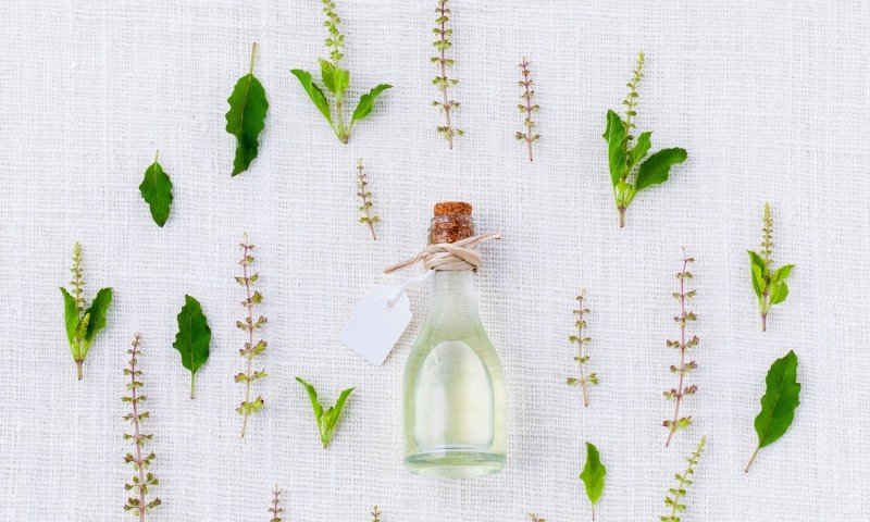 How to Maintain Breast Health with Essential Oils - Thrive