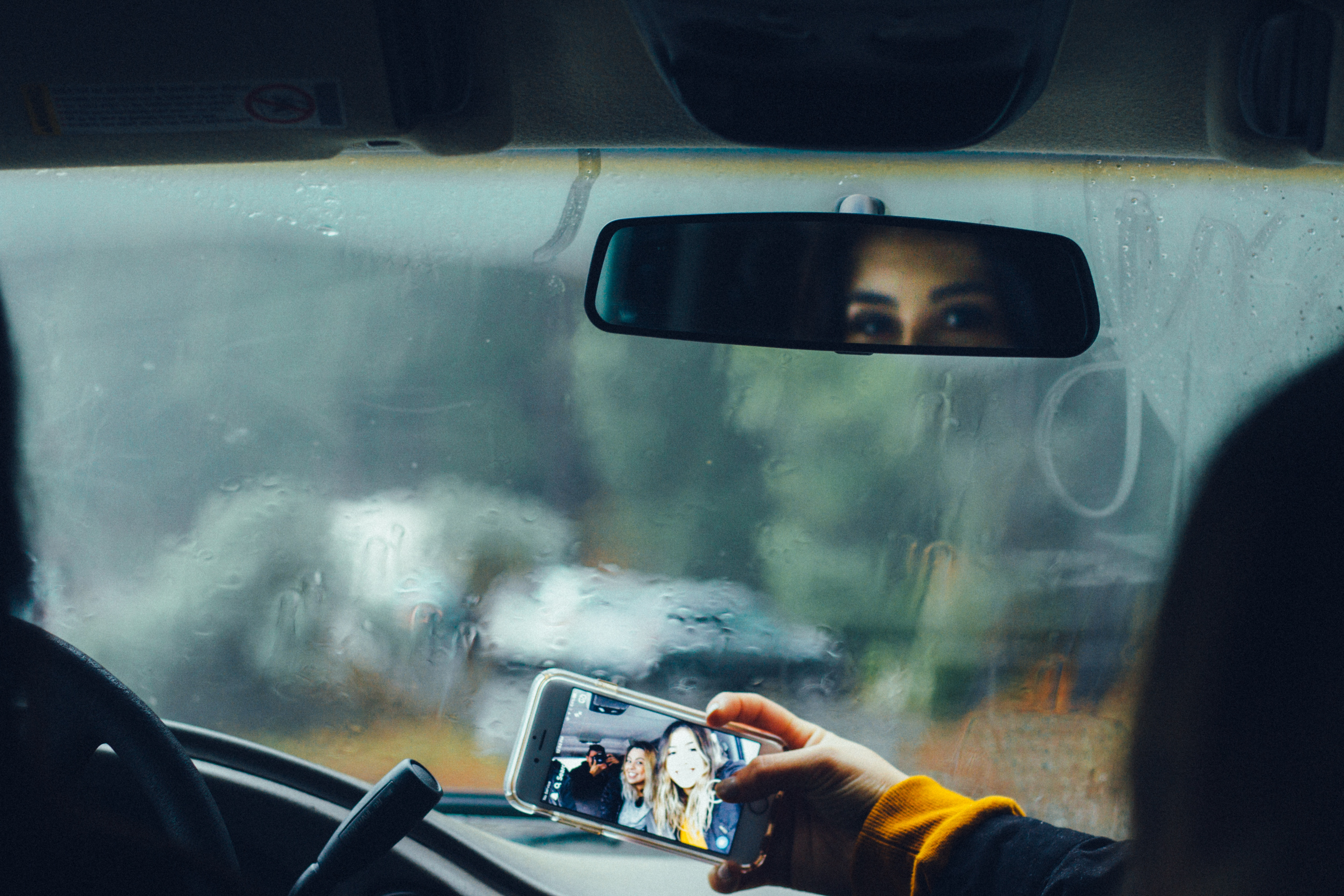 Smartphones May Be Leading to More Traffic Deaths Than the