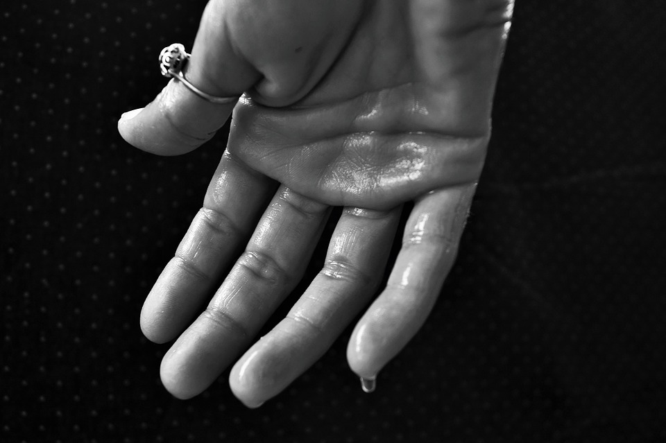 Causes And Remedies For Sweaty Palms Syndrome - Thrive Global