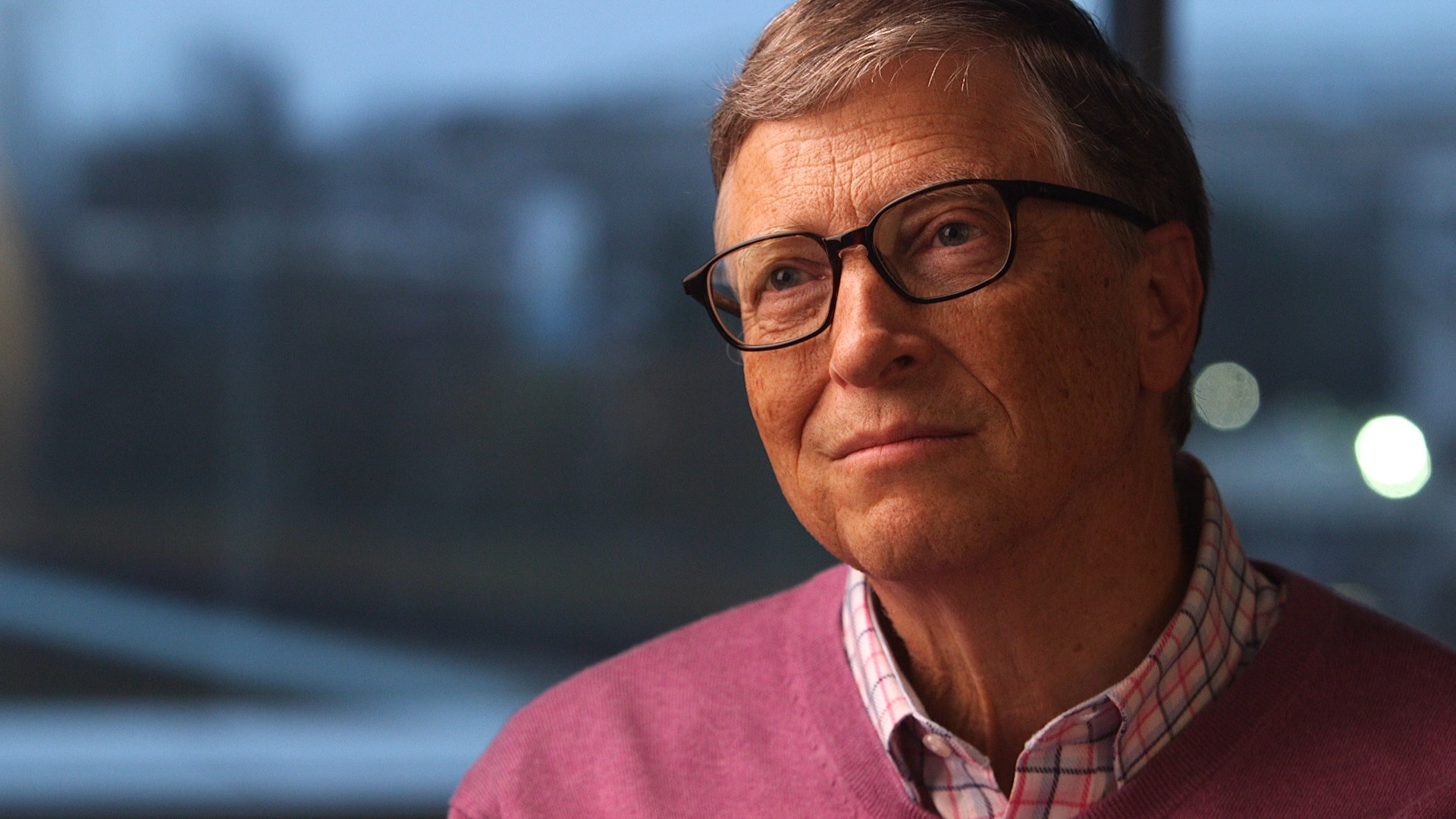 As of August 6, 2018, William Henry Gates III had a net worth of $95.4 billion, making him the second-richest person in the world, behind JeffBezos.