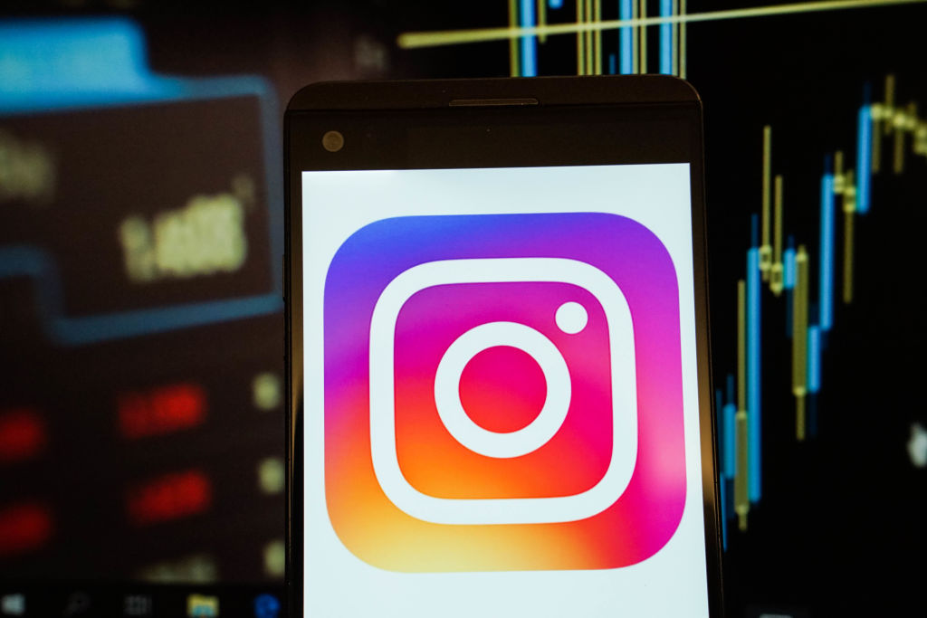 Here's Why Instagram's Accidental Update Messed With Our Brains