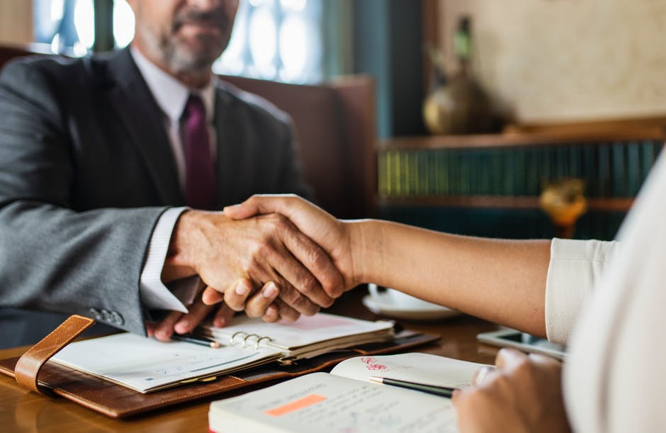 3 Tips to Bridge the Communication Gap Between You and Your Attorney