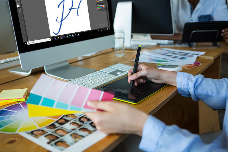 12 Tips to Bring Creativity in Logo Designs