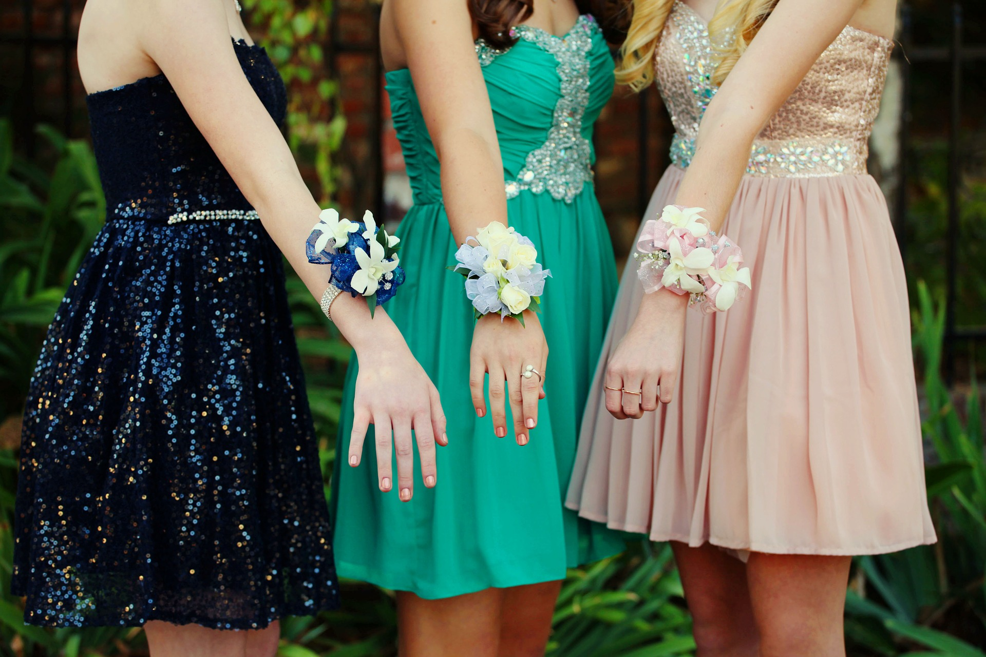 How To Shop For A Good Prom Dress In 3 Steps