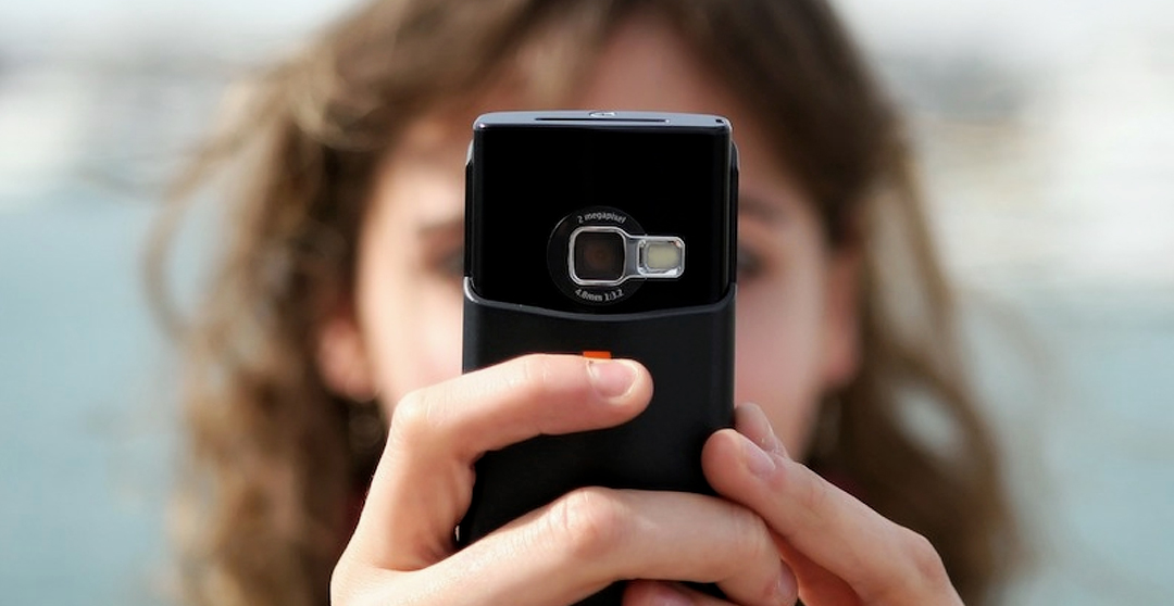Choosing Love & Sacrifice in Today's Cell Phone Culture