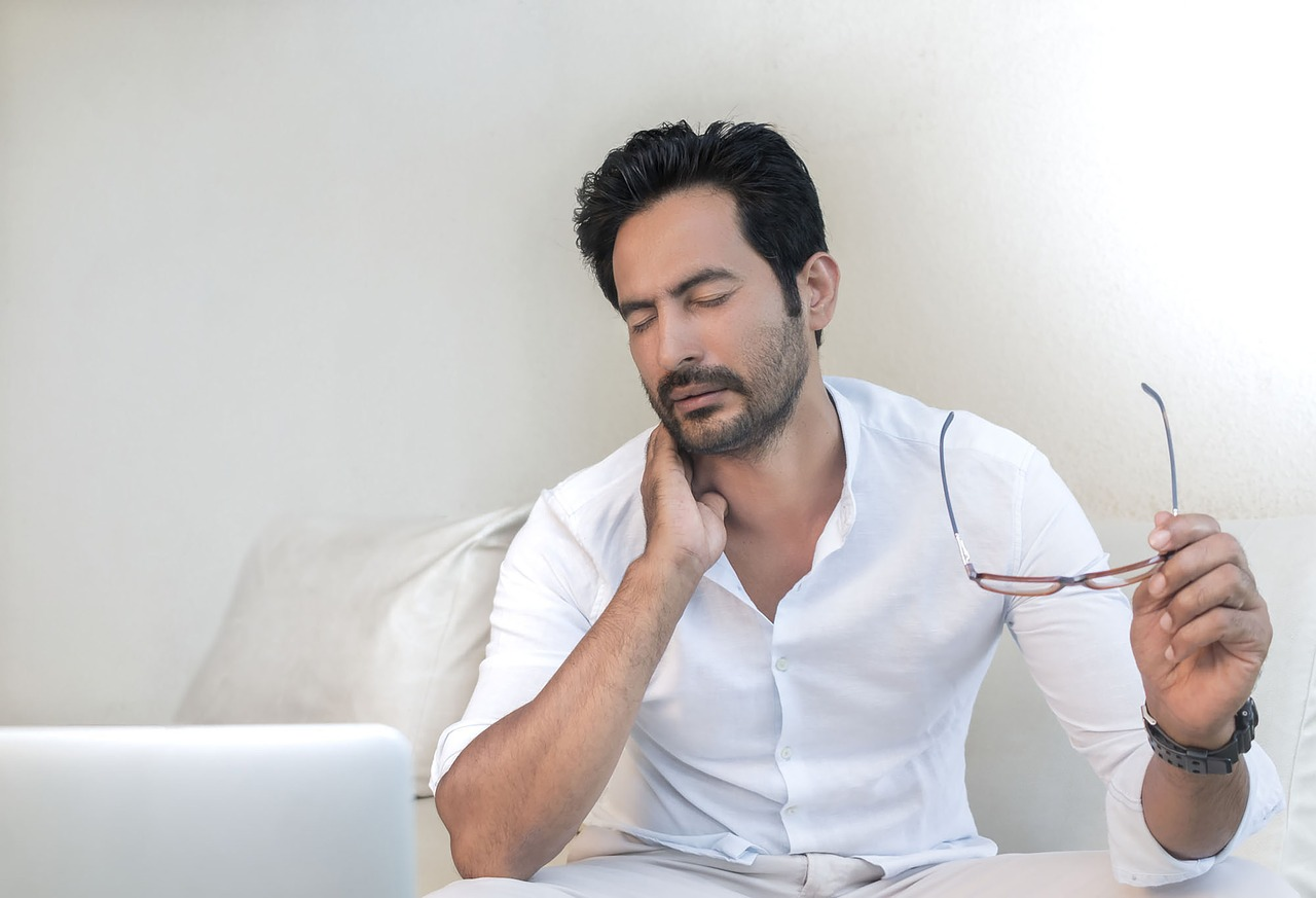 Sleeping with Neck Pain