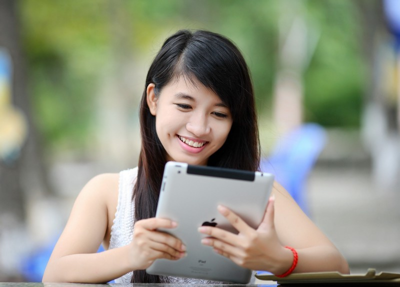 3 Best Tips to Use Technology for School Related Work.