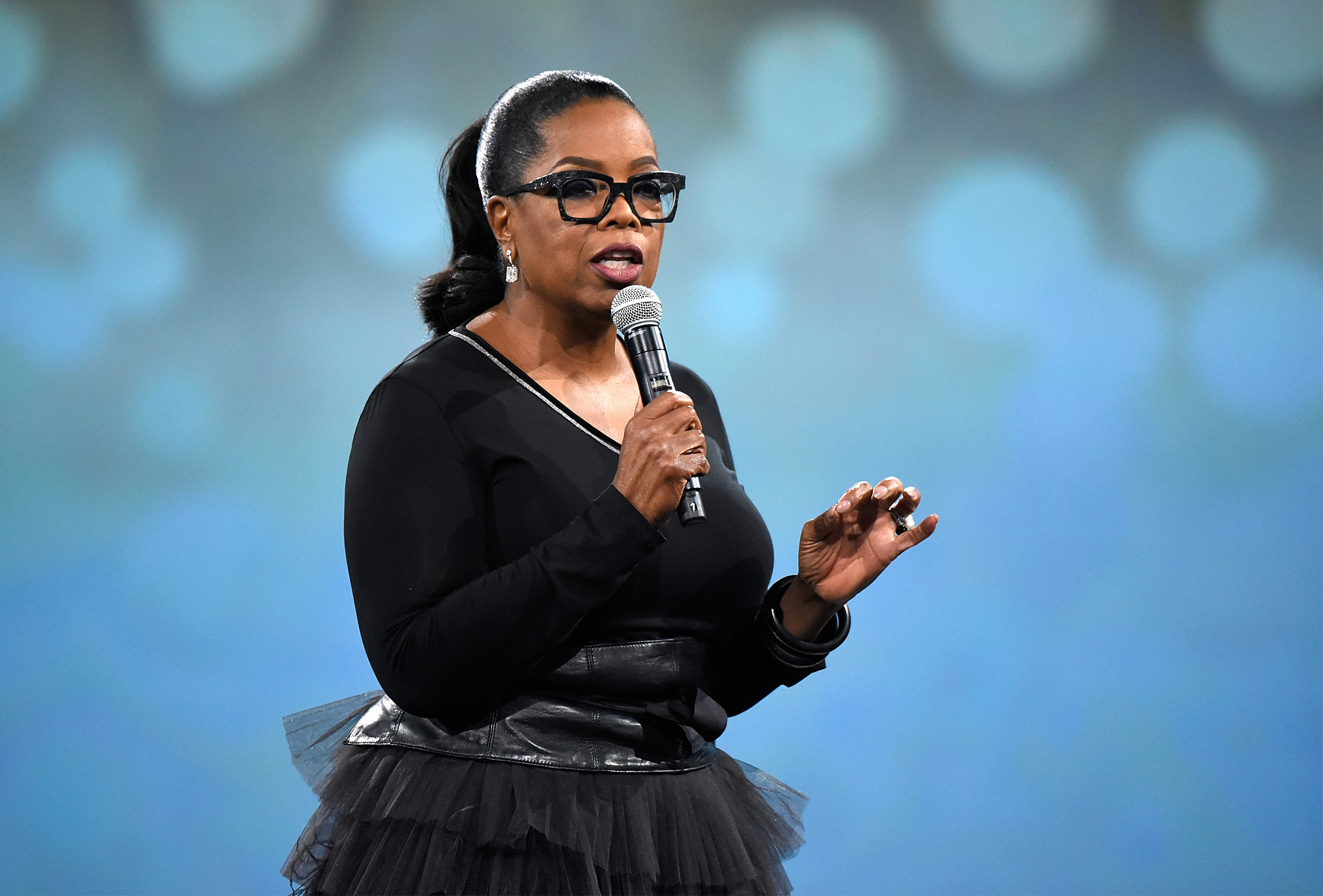 NEW YORK, NY - MAY 14:  Oprah Winfrey speaks on stage during The Robin Hood Foundation's 2018 benefit at Jacob Javitz Center on May 14, 2018 in New York City.  (Photo by Kevin Mazur/Getty Images for Robin Hood)
