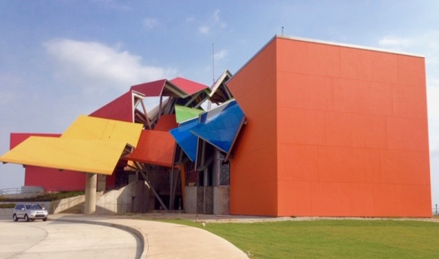 Frank Gehry's Biomuseo in Panama City. Credit: Andréa R. Vaucher