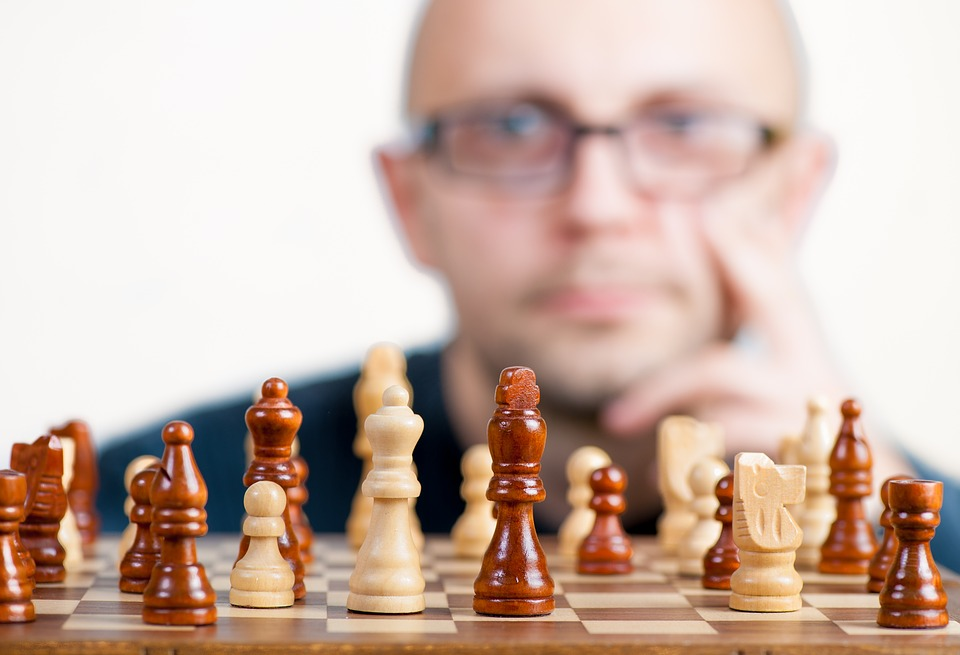 4 Strategic Games To Increase The Thinking Capacity Of Your Brain