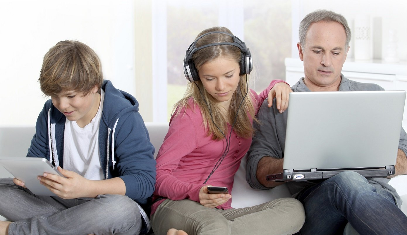 What is the Difference between parenting and digital parenting ?