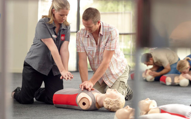 8 Ways First Aid Training Can Help Your Career