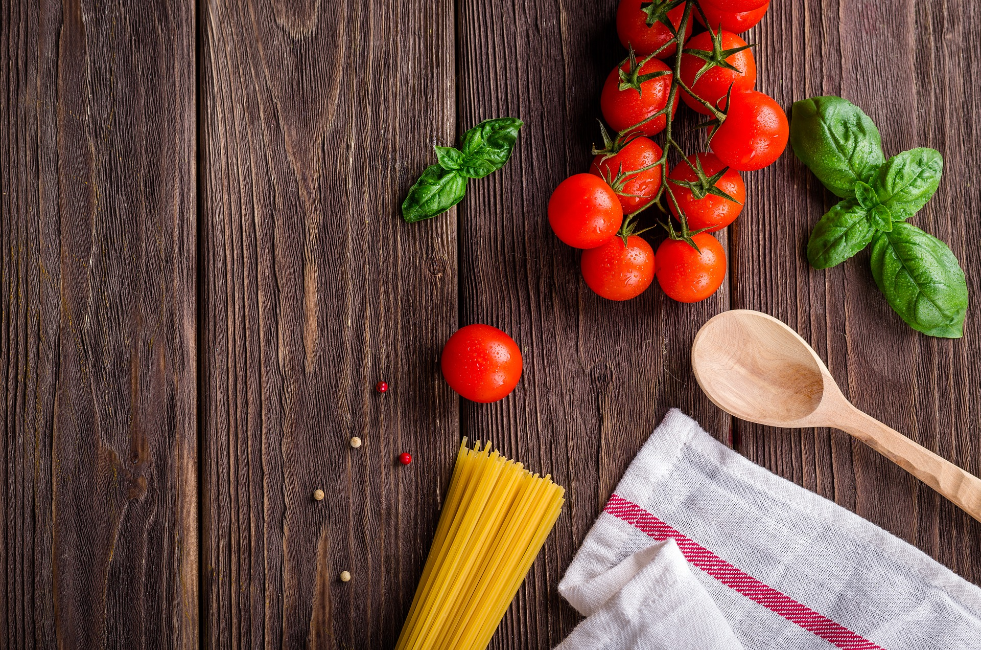 When it comes to staying healthy and regulating weight, it is important to look seriously about what you are eating and some unhealthy habits that you may have.