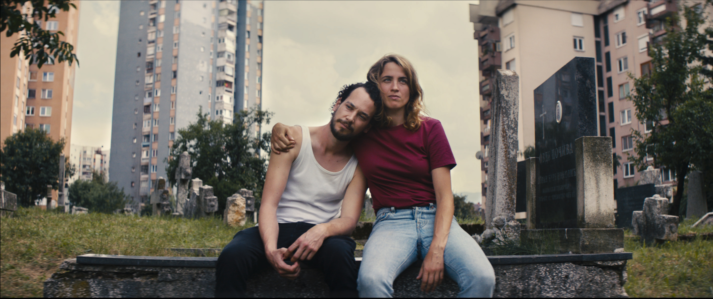 A still from 'Heroes Don't Die' featuring  Adèle Haenel and Jonathan Couzinié