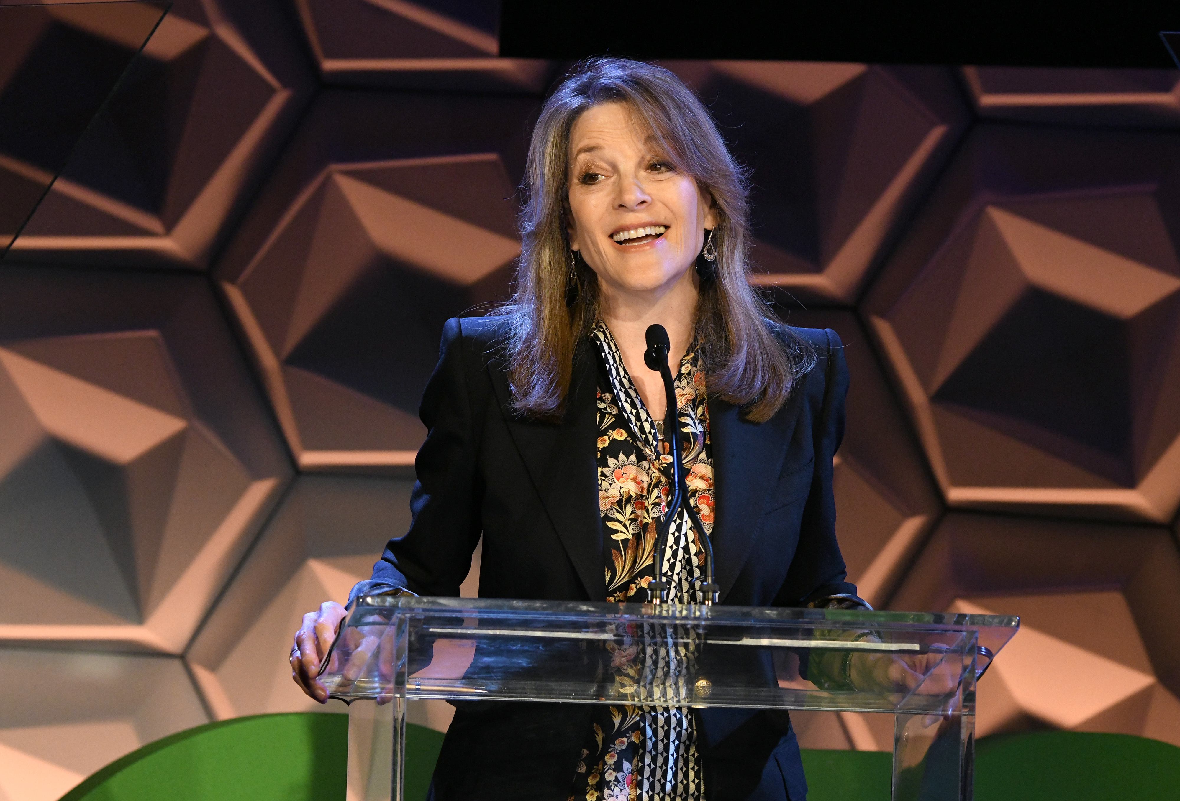 BEVERLY HILLS, CALIFORNIA - MAY 30: 2020 Presidential Candidate Marianne Williamson speaks onstage at the EMA IMPACT Summit - Day Two at Montage Beverly Hills on May 30, 2019 in Beverly Hills, California. (Photo by Michael Kovac/Getty Images for The Environmental Media Association)
