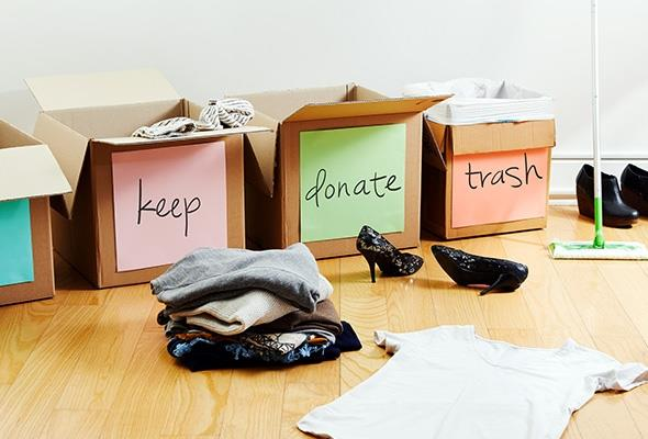 Keep Donate Trash - Decluttering your Home