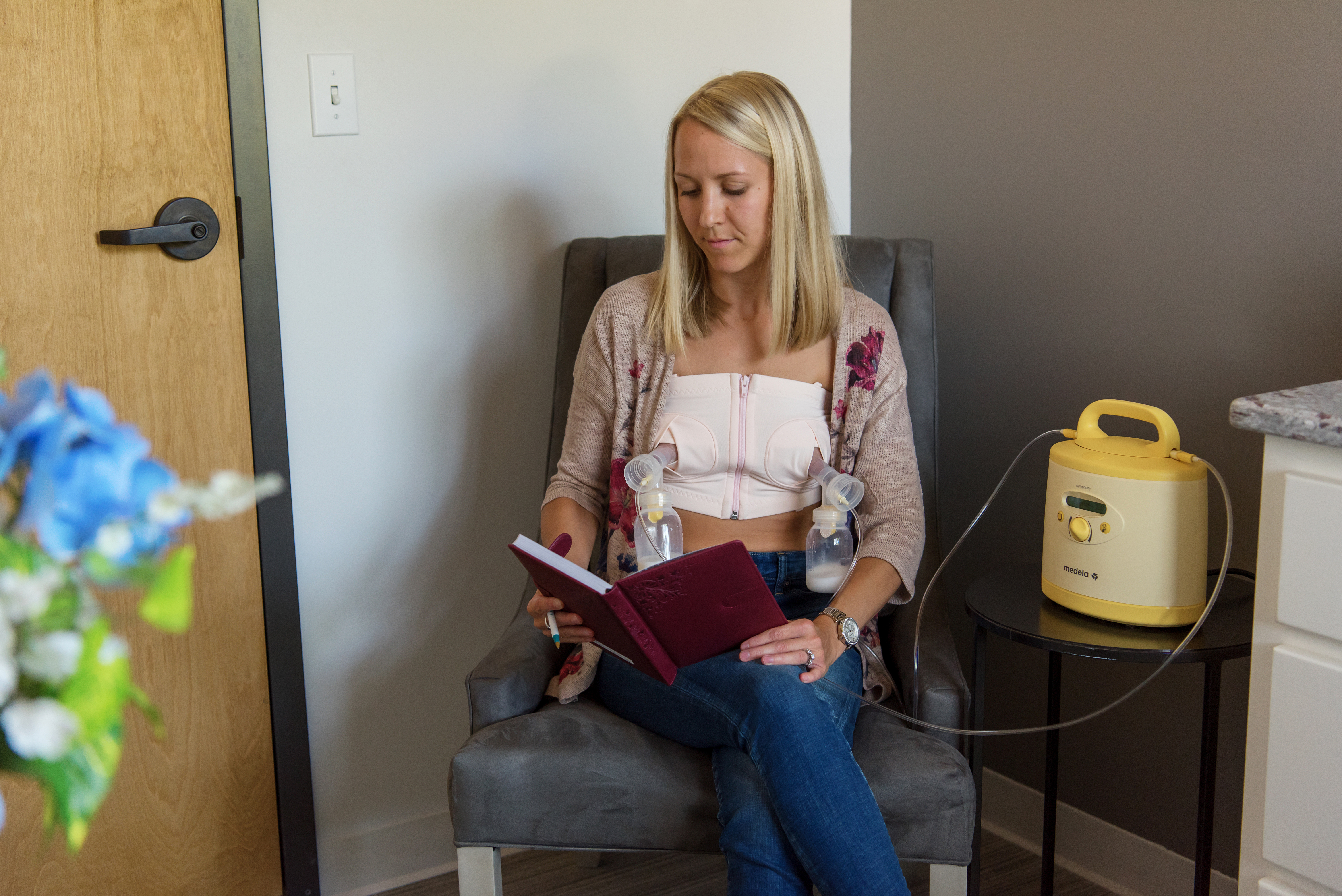 4 Strategies To Support Breastfeeding Employees