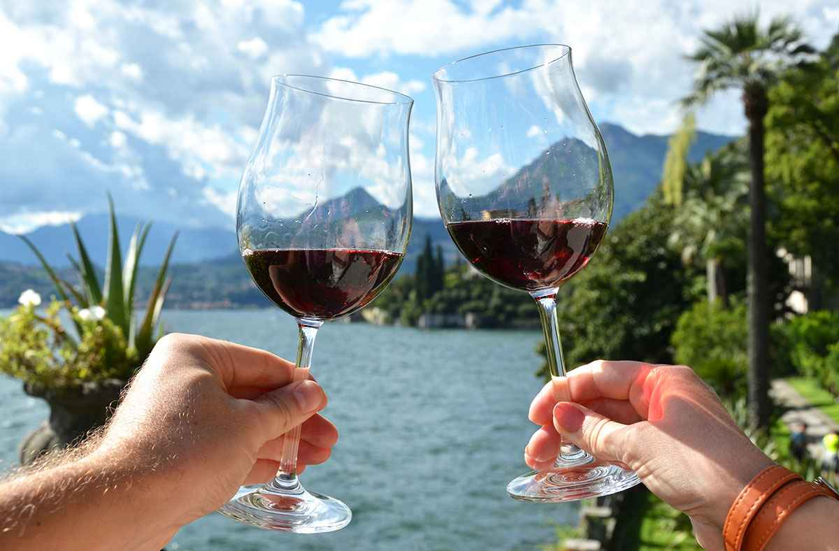Lake Como and Red Wine