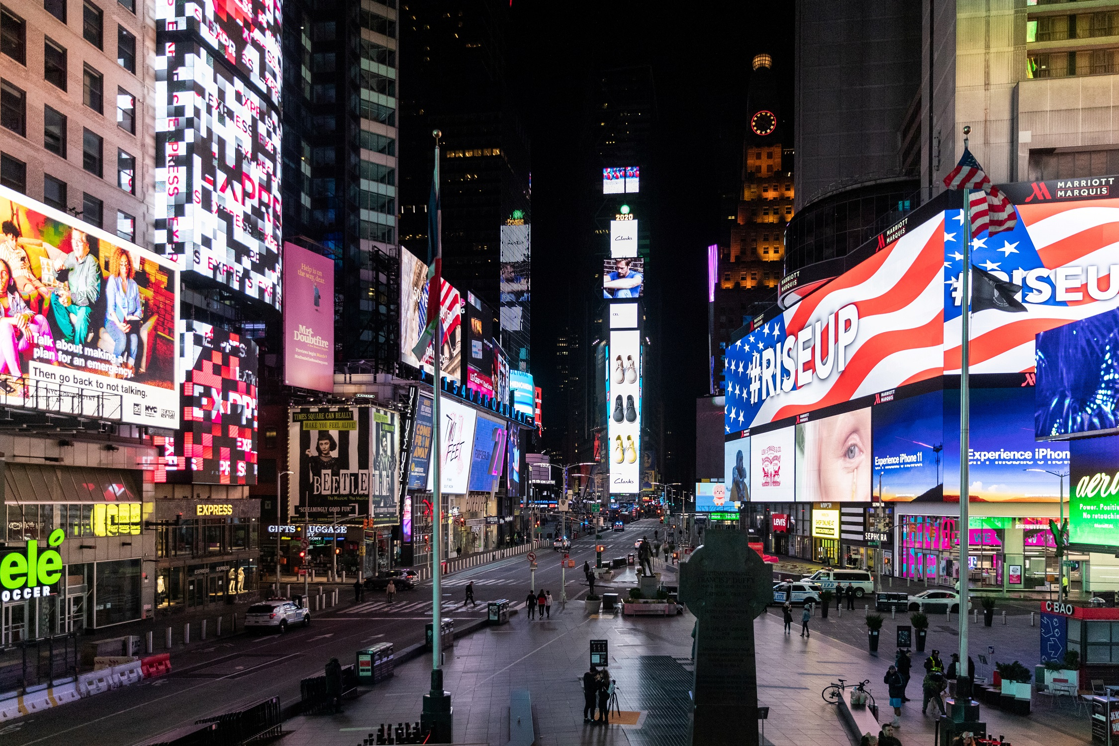 An empty Times Square is seen following the outbreak of the coronavirus disease (COVID-19), in New York City, U.S., March 18, 2020. REUTERS/Jeenah Moon