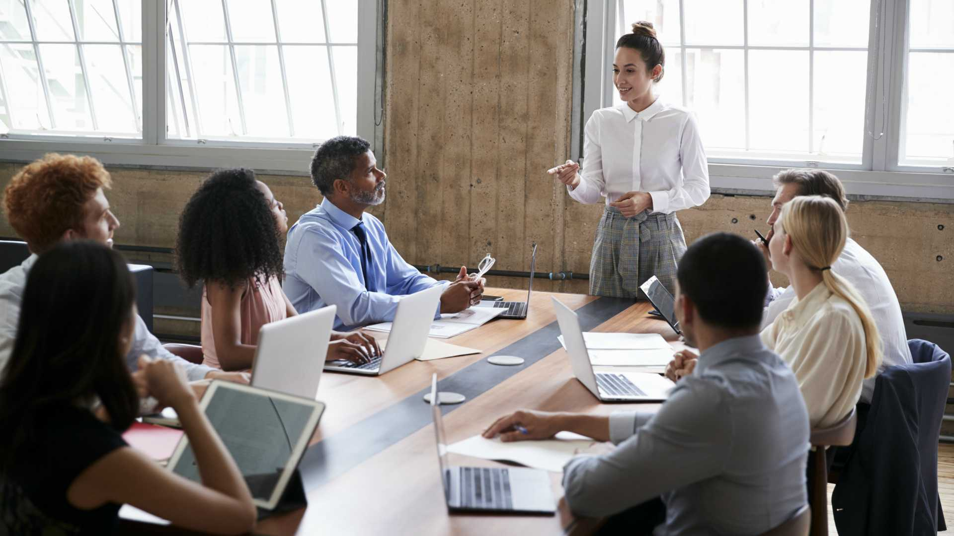 Seven Effective Leadership Skills to Manage 21st Century Workforces