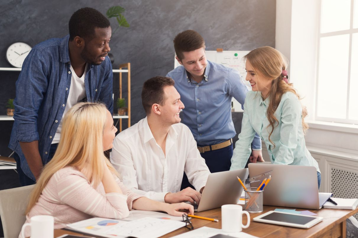 5 Helpful Tips for Building a Positive Company Culture