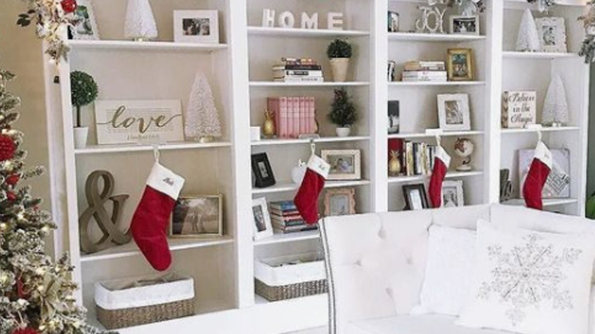 Holiday Decor Must Have's Cover Photo