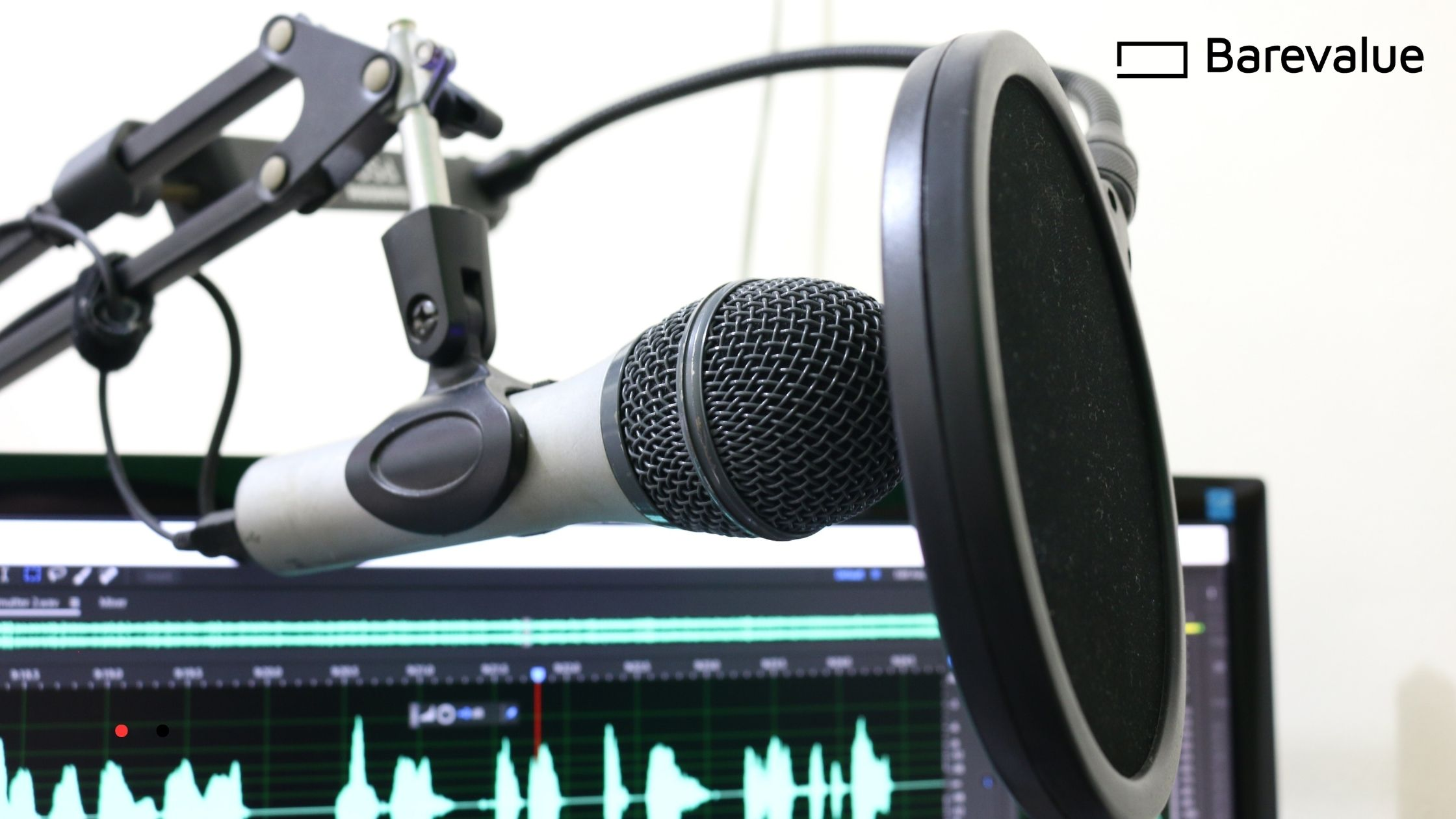 5 Reasons Why Podcasters Quit Podcasting & How to Avoid the Pitfalls