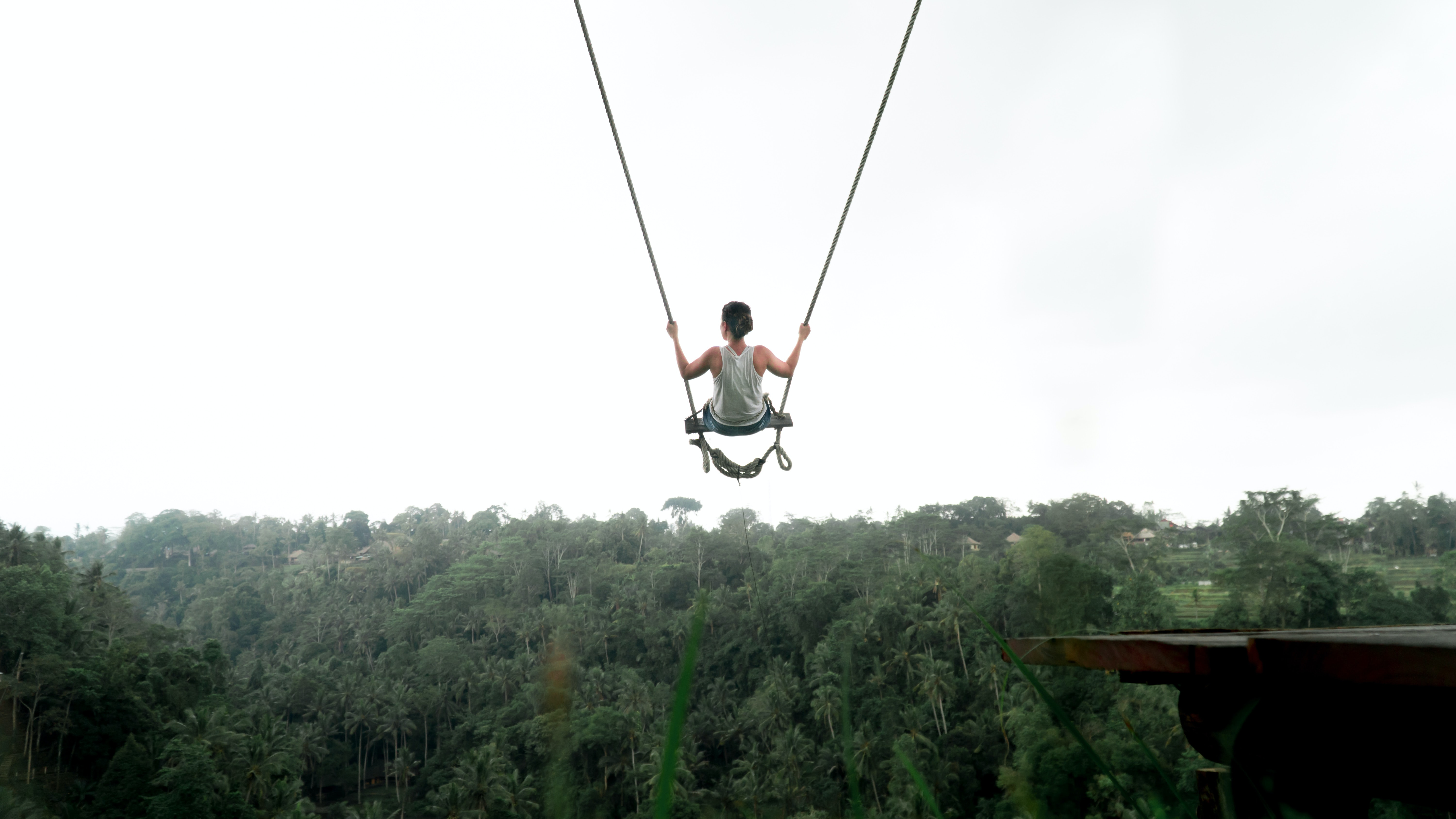 Bungee-jumping-into-discomfort