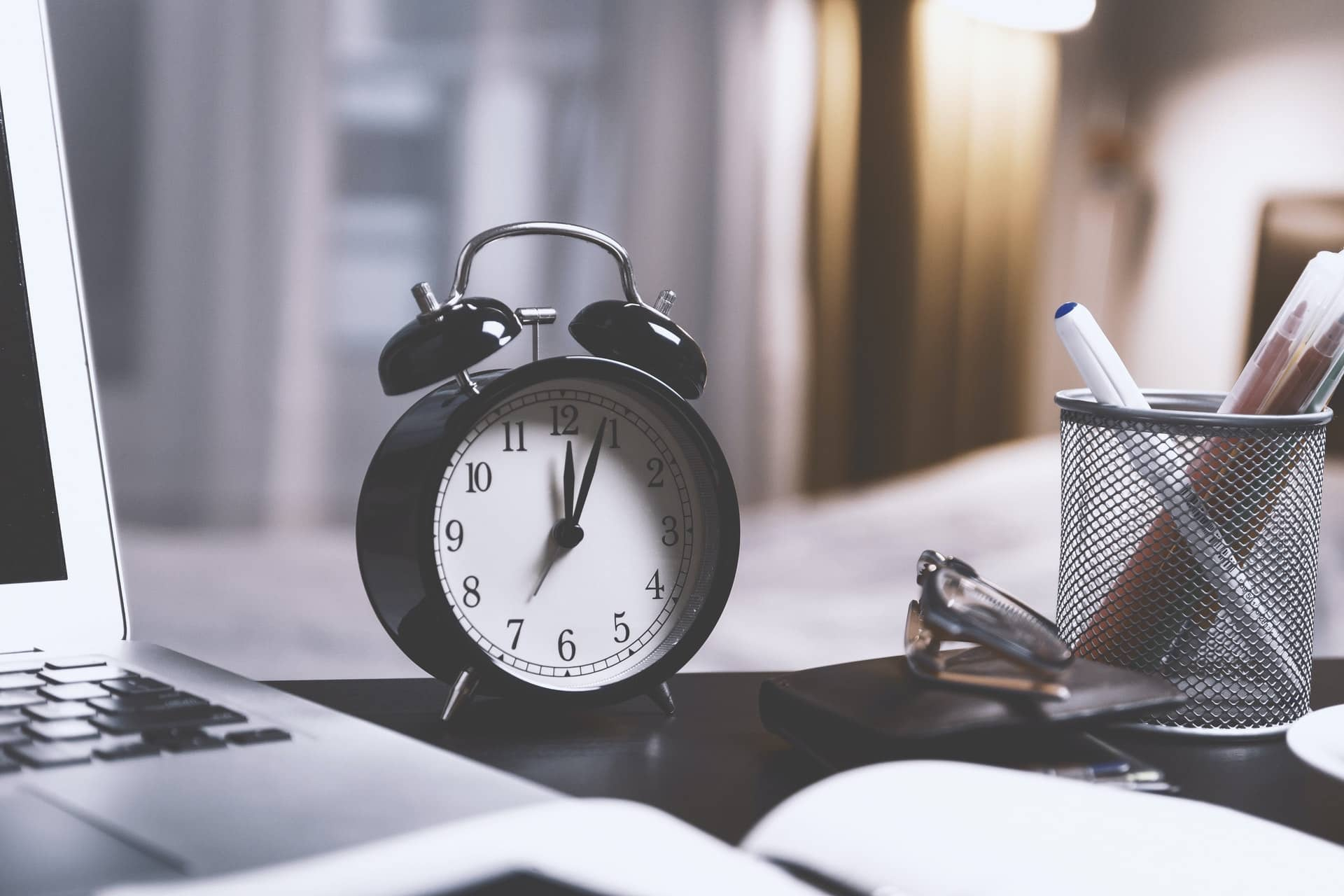 Simple Time Management Tips for Working Moms