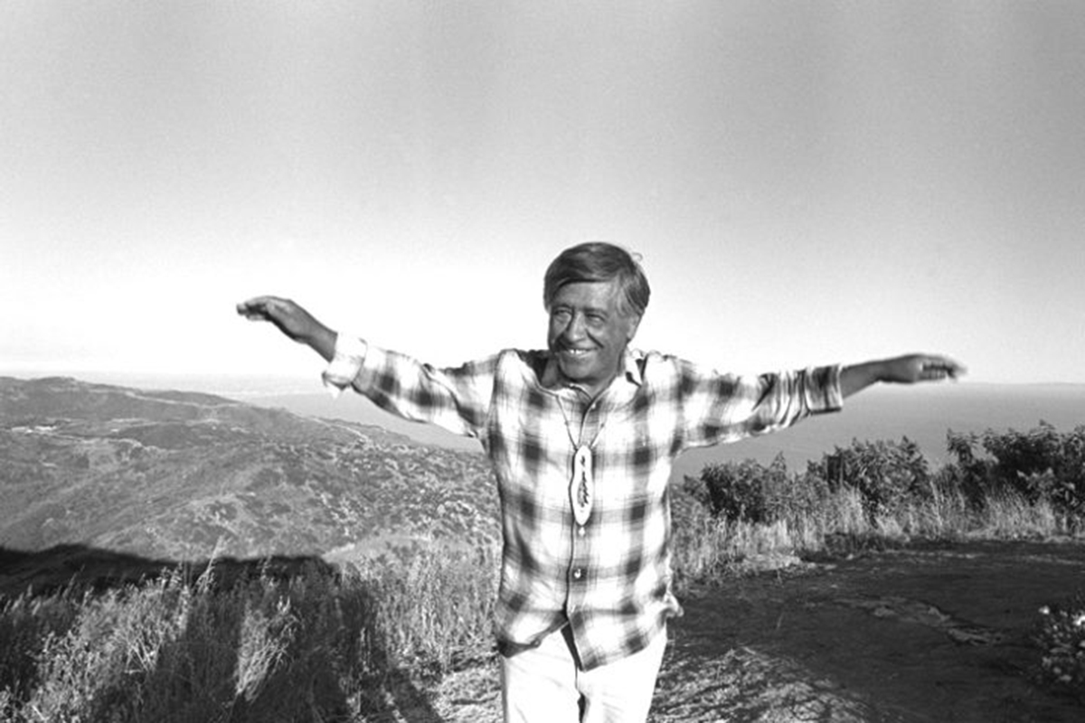 CESAR CHAVEZ IN TOP OF THE SANTA MONICA MOUNTAINS