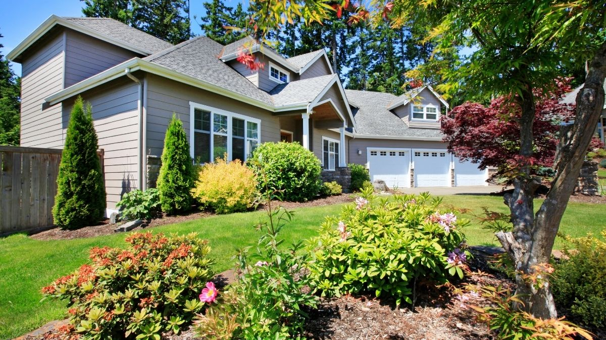 Boost Your Home's Curb Appeal by Adding Happy Colors Around your Space